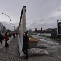rachel at berlin wall